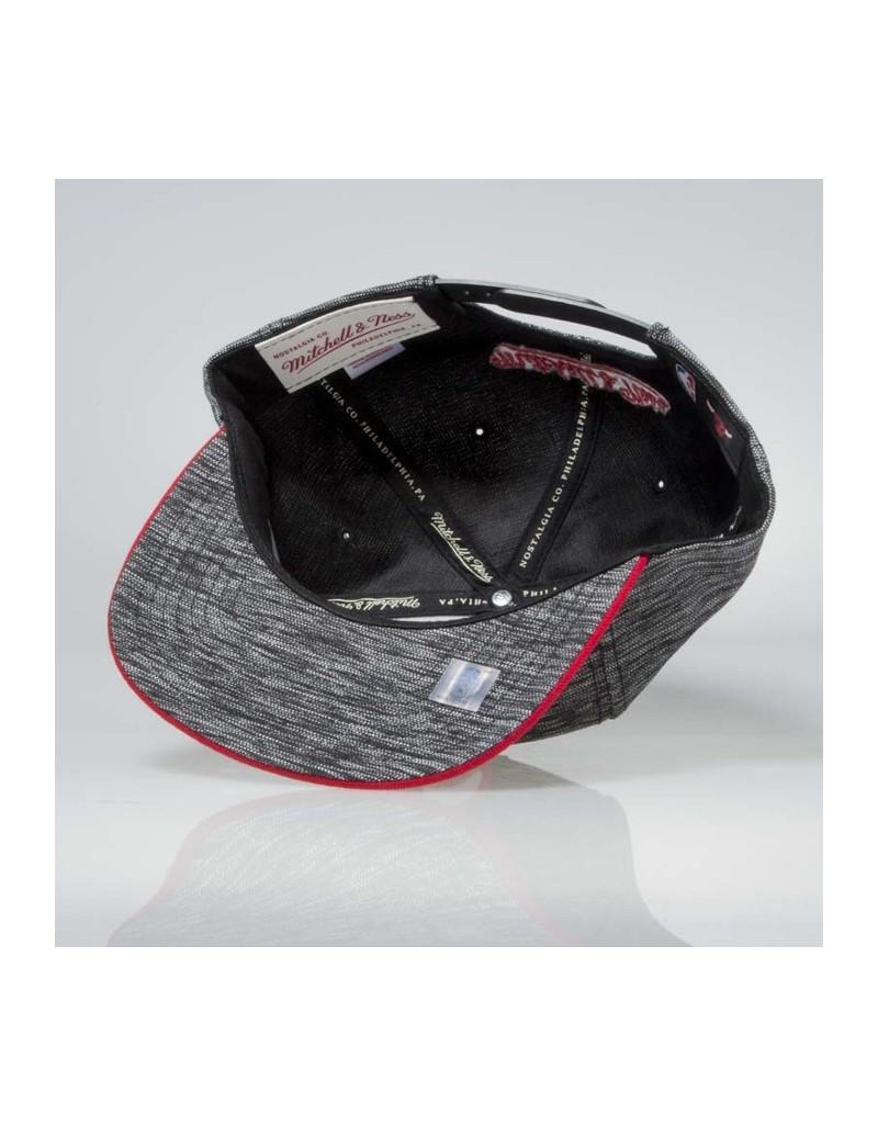 ea0589e4e63 Mitchell   Ness Chicago Bulls Prime Knit SB