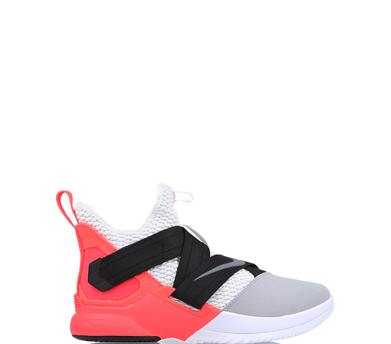 "4728999eaa3 Nike LeBron Soldier 12 SFG ""Flash Crimson"""